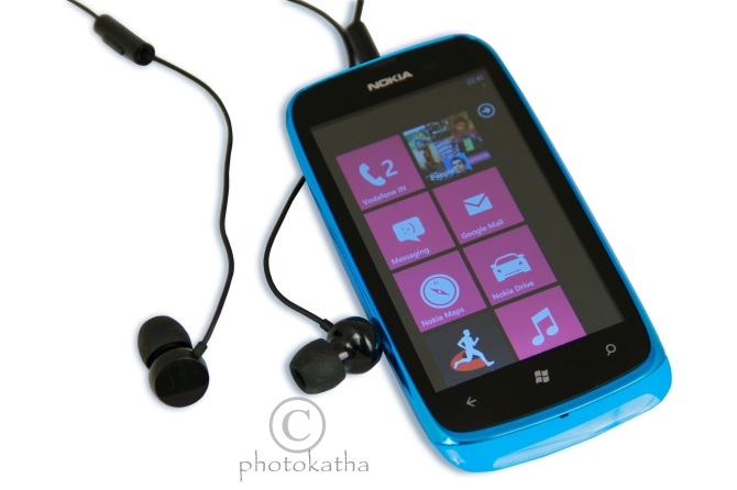 Lumia 610, Official Nokia India post, Best Nokia Lumia 610 Picture, India, Technology, Tech Blog, Cyn colour, Best picture of nokia lumia 610, head phones, windows 8, Mango processor,